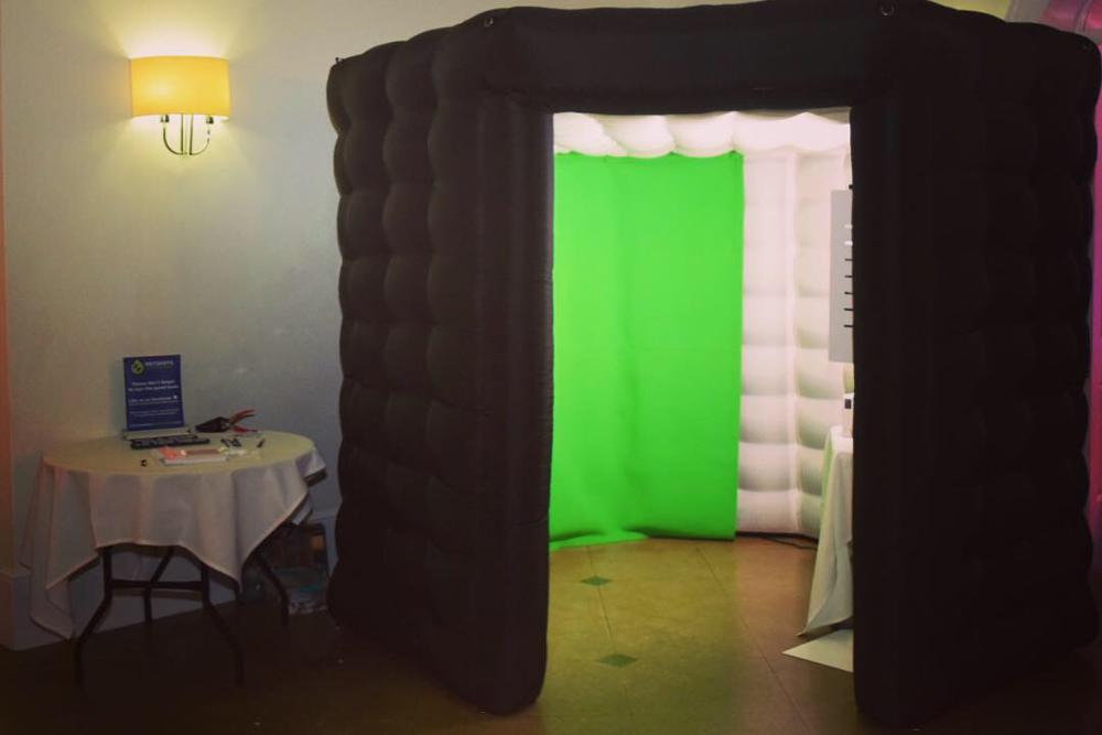A large inflatable photo booth hire, perfect for any occasion. Black in colour and can hold up to 10 people at a time. With green screen technology taking you anywhere around the world.