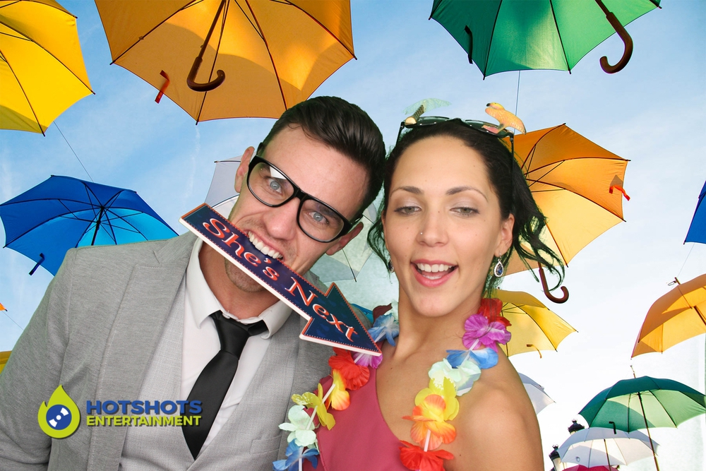 Really great fun in the photo booth with this crazy couple.