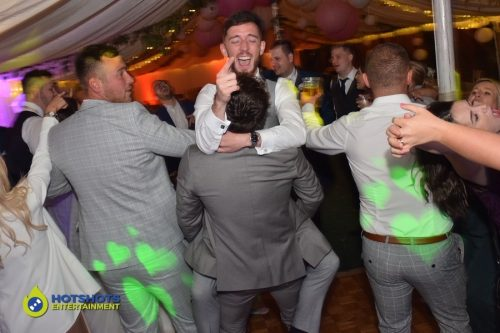 perfect timing on this shot, the boys showing all their love